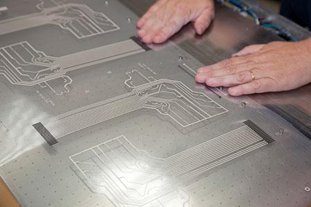 Schaltkreise - Das Tastenfeld bildet ein Silikonkautschuk, der ...